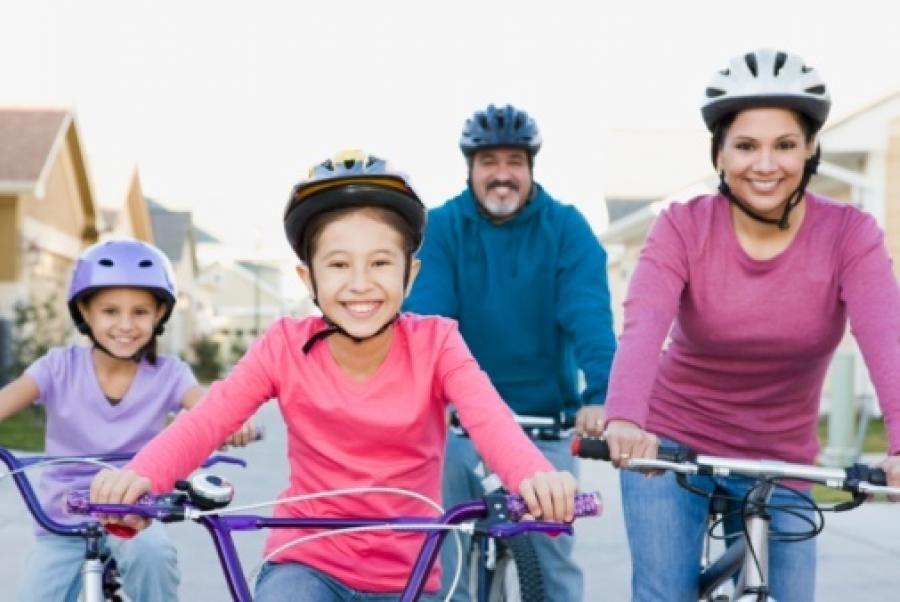 10 ways to increase family time