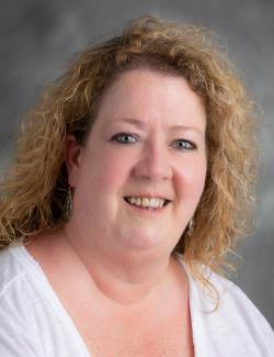 Elizabeth Armstrong, LCSW, LISW-S